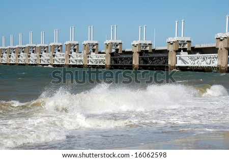 flood barrier Oosterschelde Netherlands