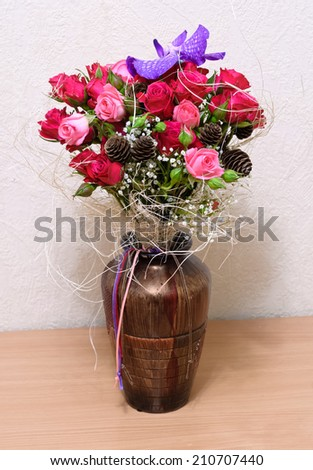 Floral Arrangement Roses Orchid Vanda Stock Photo Royalty Free