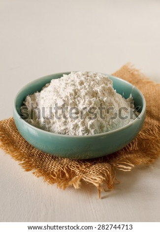 flour  food ingredient put on vintage white table