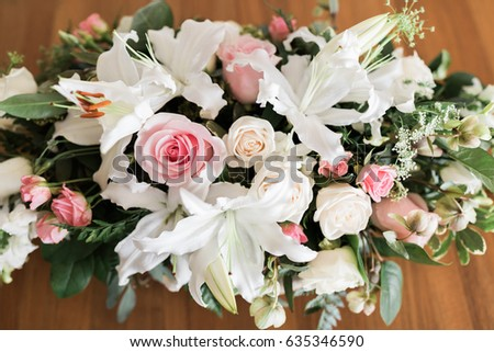 Flower arrangement, center piece.