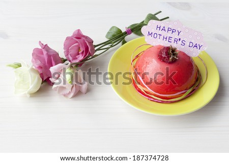 Flowers and a little cake for Mother's Day
