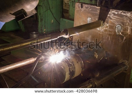 Flux cored arc welding by automatic machine