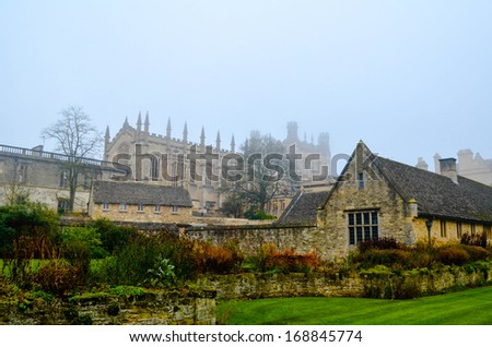 Foggy Oxford University, Christchurch College, England