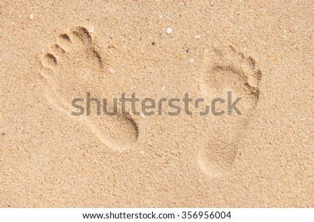 foot print on the sand