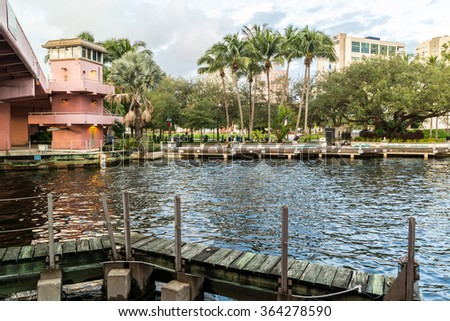 FORT LAUDERDALE, USA - DEC 6, 2015: Andrews Avenue Bridge over New River and Huizenga Park in downtown Fort Lauderdale, Florida, USA - stock photo