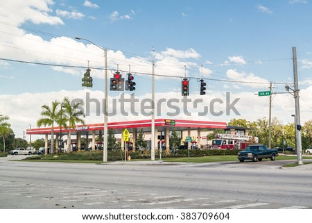 FORT MYERS USA - DEC 11 2015 Gas station and traffic lights at & Fort Myers Usa Dec 11 2015 Stock Photo 383709604 - Shutterstock azcodes.com