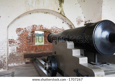 Fort Pulaski National Monument built 1829 to 1847, Confederate cannon guarding  the fort