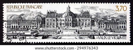 FRANCE - CIRCA 1989: a stamp printed in the France shows Vaux le Vicomte, is a Baroque French Chateau Located in Maincy, near Melun, circa 1989