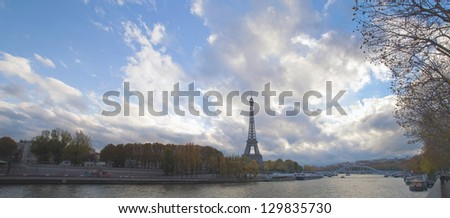France, Paris, views of the River Seine and the Eiffel Tower