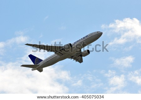 FRANKFURT,GERMANY-APRIL 07:airplane of United above the Frankfurt airport on April 07,2016 in Frankfurt,Germany. United is a major American airline carrier headquartered in Chicago, Illinois.