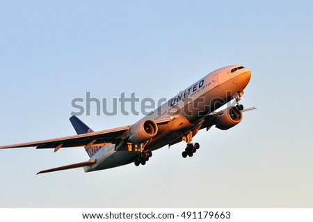 FRANKFURT,GERMANY-AUG 25:United Airlines aircraft on August 25,2016 in Frankfurt,Germany.United is a major American airline carrier headquartered in Chicago, Illinois
