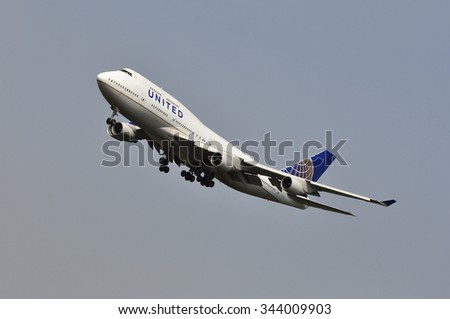 FRANKFURT,GERMANY-AUGUST 10: airplane of United Airlines in Frankfurt airport on August 10,2015 in Frankfurt,Germany.Is a major American airline carrier headquartered in Chicago, Illinois.