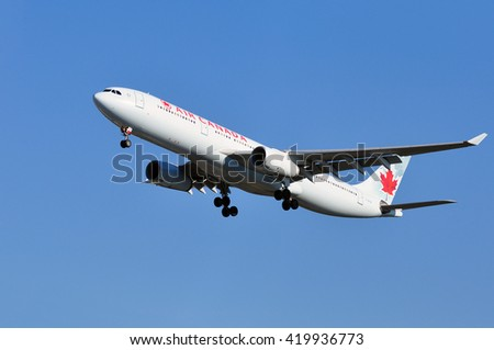 FRANKFURT,GERMANY-FEBR 25:Airbus A330 of Air CANADA above the Frankfurt airport on February 25,2016 in Frankfurt,Germany.Air Canada is the flag carrier and largest airline of Canada.