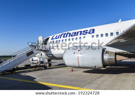 FRANKFURT, GERMANY - MAY 4: Lufthansa Boeing 737 ready for boarding on May 4, 2014 in Frankfurt, Germany. Frankfurt is  the busiest airport in Germany and one of the busiest in Europe.