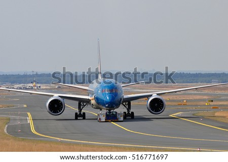 FRANKFURT,GERMANY-SEPT 01:  Boeing 787-9 of VIETNAM AIRLINES in the Frankfurt airport on September 01,2016 in Frankfurt,Germany.Vietnam Airlines is the flag carrier of Vietnam.