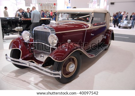 FRANKFURT - SEPTEMBER 20: An old timer is shown on 63rd IAA (Internationale Automobil Ausstellung) on September 20, 2009. in Frankfurt, Germany
