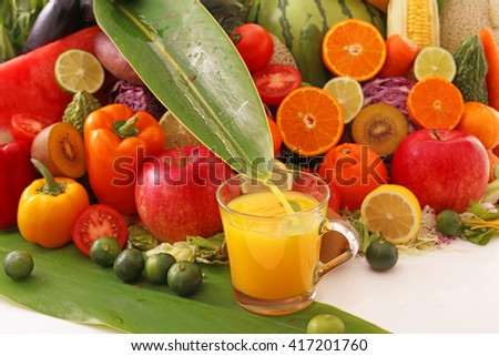 Fresh fruits with juice