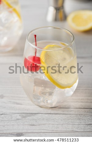 Fresh home made Tom Collins cocktails with lemon