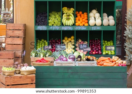 Fresh organic Fruits and vegetables in market