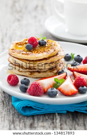 fresh pancakes with honey