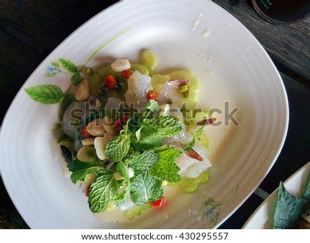 Fresh raw shrimp and spicy fish sauce / Thai food