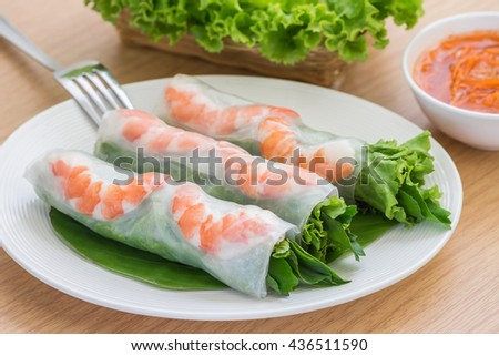Fresh spring roll with shrimp and dipping sauce, Vietnamese food - stock photo