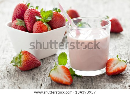 fresh strawberry milk in a glass