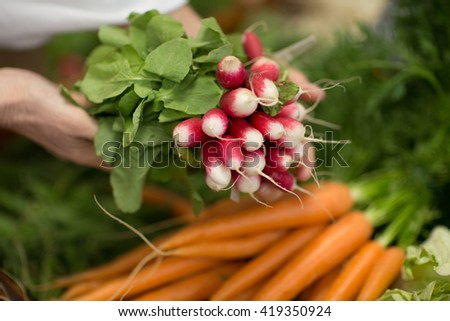 fresh vegetables and fruits store