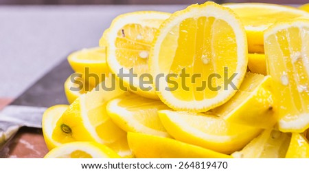 freshly squeezed lemon juice