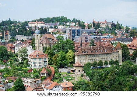 Fribourg is an important economic, administrative and educational center on the cultural border between German and French Switzerland. Most houses are built of the local molasse stone.