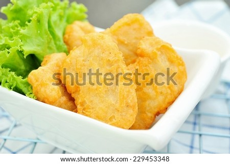 Fried chicken nuggets.