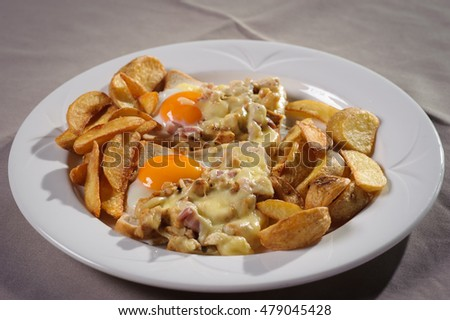 Fried eggs on potato, Mexican cuisine