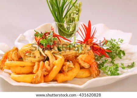 Fried shrimp and squid