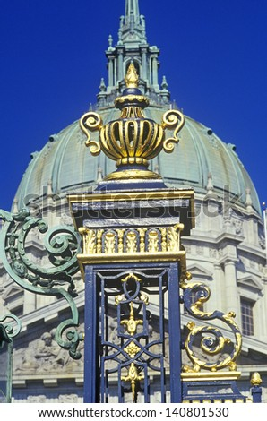 Front gate and dome of San Francisco's City Hall, California