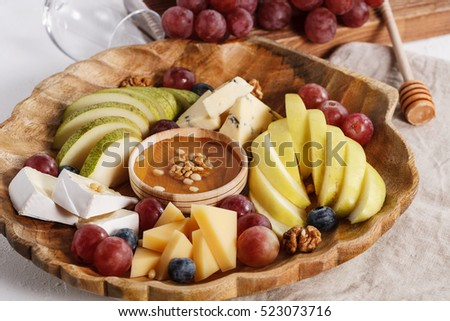 fruit plate of parmesan camembert and blue cheese pears apples honey & Fruit Plate Parmesan Camembert Blue Cheese Stock Photo (Royalty Free ...