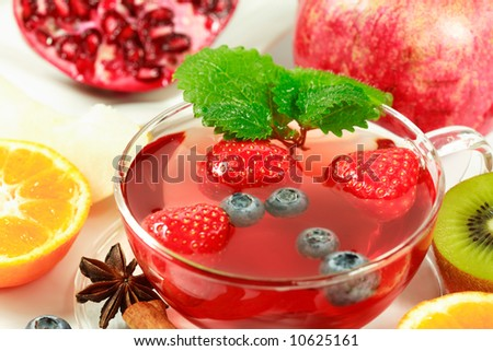 Fruit tea with fresh fruits