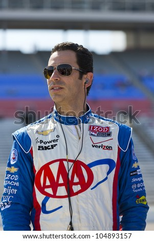 Ft WORTH, TX - JUN 08:  Helio Castroneves (3) prepares to qualify for the Firestone 550 race at the Texas Motor Speedway in Fort Worth, TX on June 08, 2012.