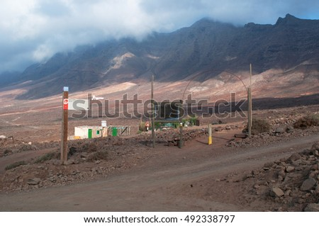 Fuerteventura: signs to Morro Jable and the Pathway of Pajara on September 6, 2016. The paths leads from Cofete beach to Morro Jable and Gran Valle, typical of the leeward side of the Jandía Peninsula