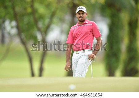 Gaganjeet Bhullar of India in action during round two of the King's Cup at Phoenix Gold Golf and Country Club on July 29, 2016 in Pattaya, Thailand.