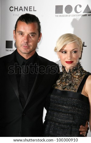 "Gavin Rossdale and Gwen Stefani at MOCA's Annual Gala ""The Artists Museum Happening,"" MOCA Grand Avenue, Los Angeles, CA.  11-13-10"