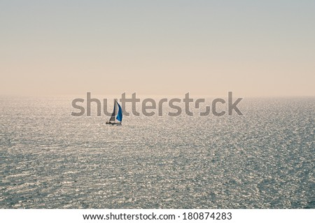 General view of a sailboat at sea