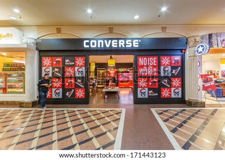 GENTING HIGHLANDS, MALAYSIA - DEC 21 : Front Store of Converse in First World Plaza on Dec 21,13 in Genting Highlands. It's a shopping centre, consists of shops, restaurants, indoor theme park, ect.