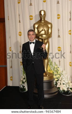 GEORGE CLOONEY at the 78th Annual Academy Awards at the Kodak Theatre in Hollywood. March 5, 2006  Los Angeles, CA  2006 Paul Smith / Featureflash - stock photo