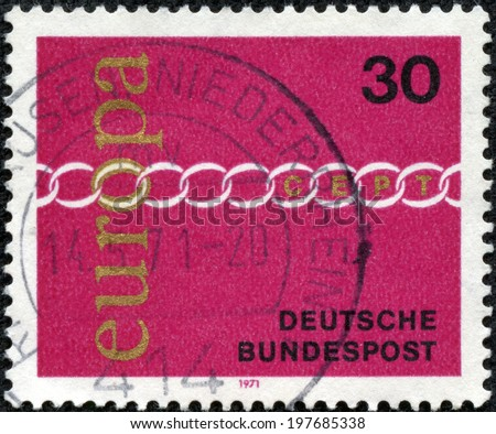 GERMANY - CIRCA 1971: stamp printed by Germany, shows stylized chain, symbolizing the unity of Europe, CEPT, red, circa 1971