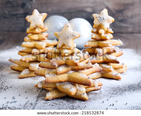 Gingerbread Christmas trees with icing - stock photo
