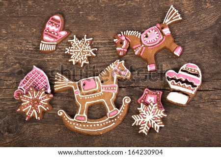 Gingerbread horse on wooden table