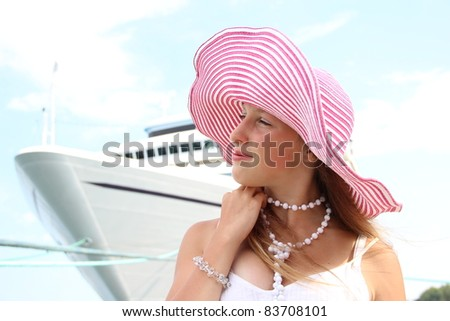 girl and a cruise ship