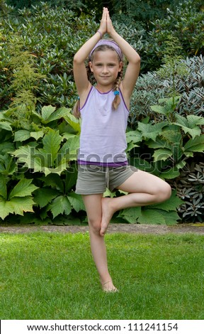 Girl doing yoga exercise/yoga/girl