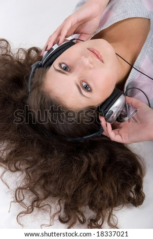 Girl is listening the music