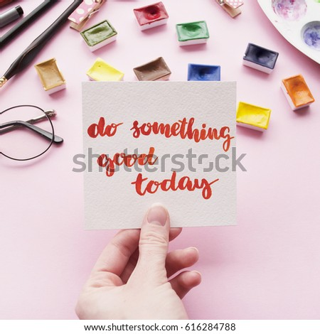 Girls Hand Holding Card Inspirational Quote Stock Photo 600530948 ...
